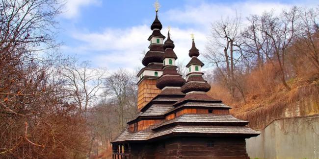 Сгорел деревянный Храм Святого Архангела Михаила в Праге