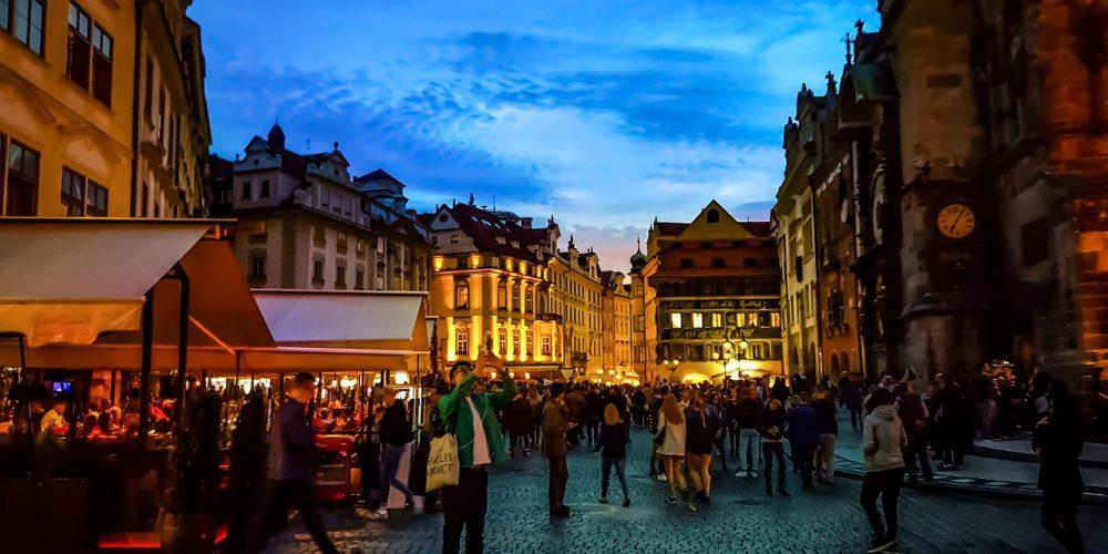 Туристы и жители. Новая концепция развития туризма в Праге и карантин